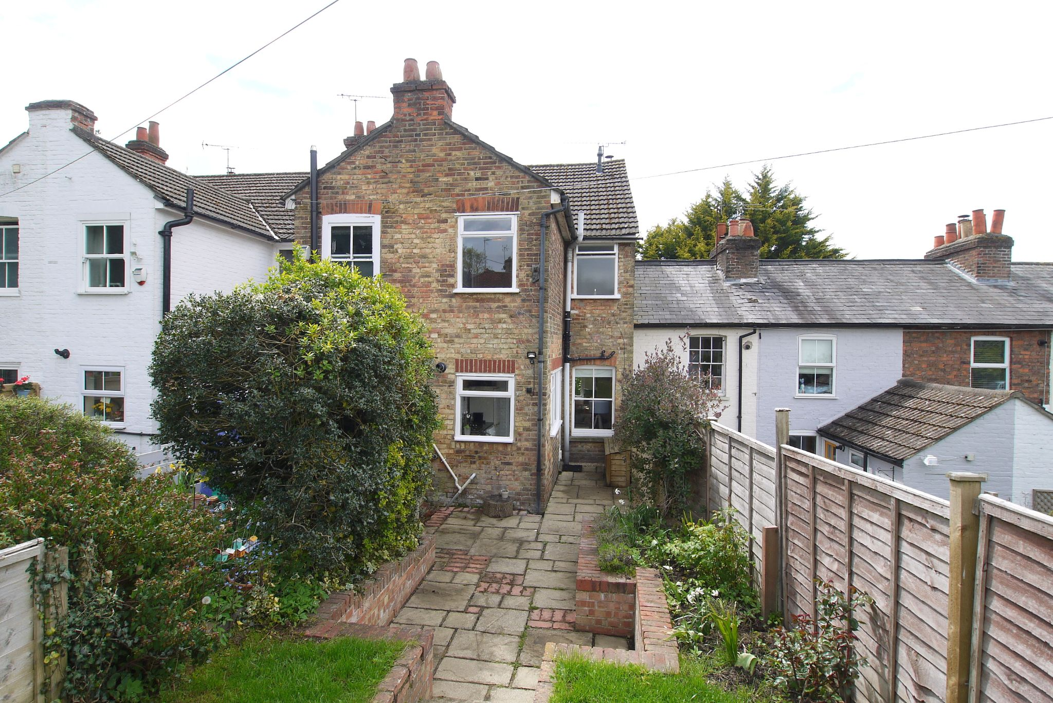 2 bedroom mid terraced house Sale Agreed in Sevenoaks - Photograph 10