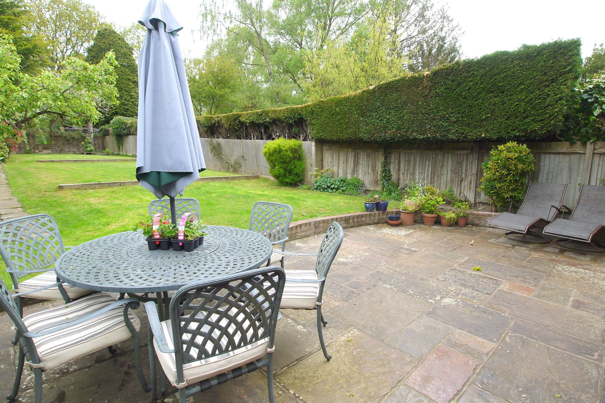 4 bedroom detached house Sale Agreed in Tonbridge - Photograph 16
