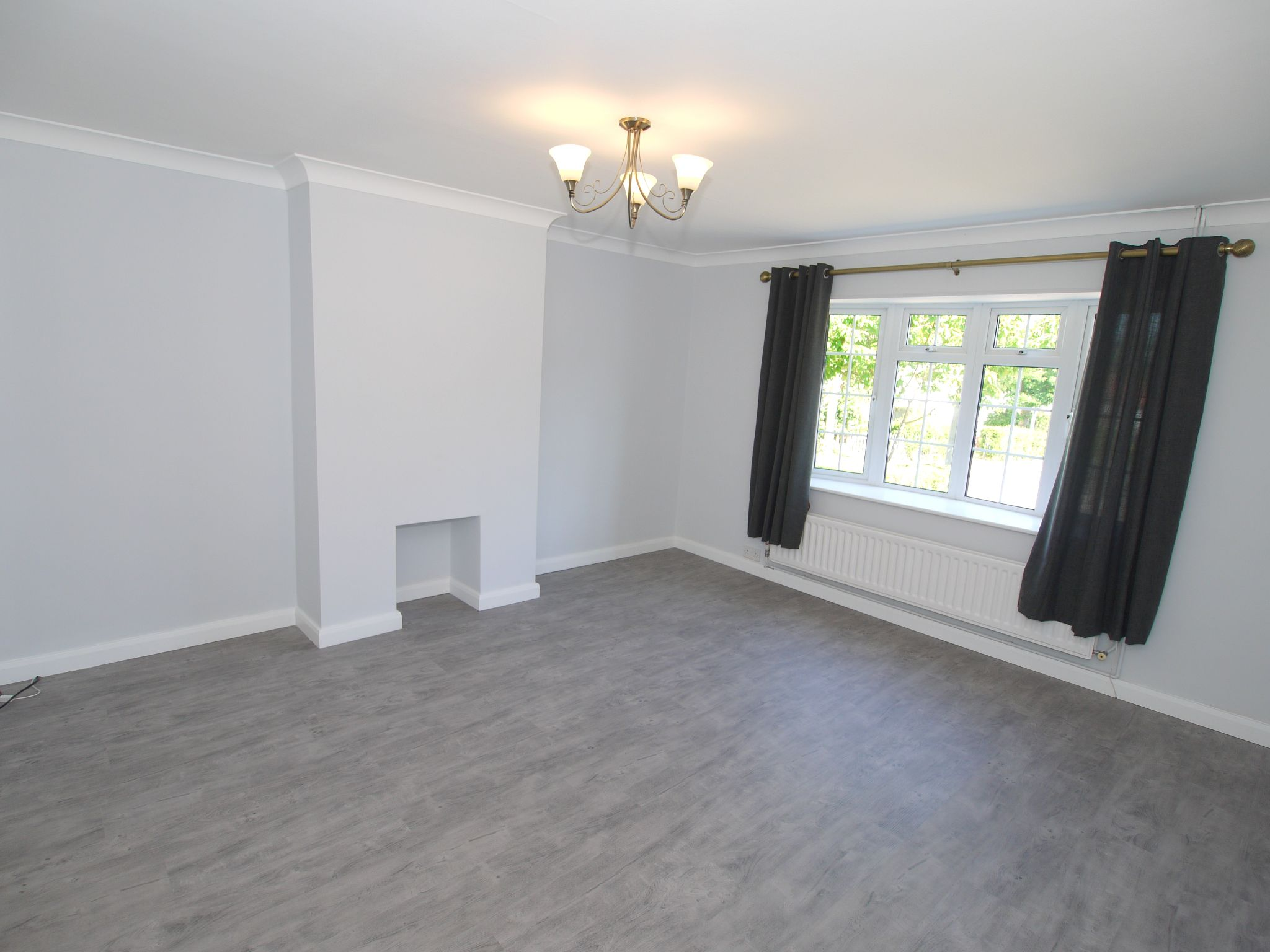 3 bedroom mid terraced house To Let in Sevenoaks - Property photograph