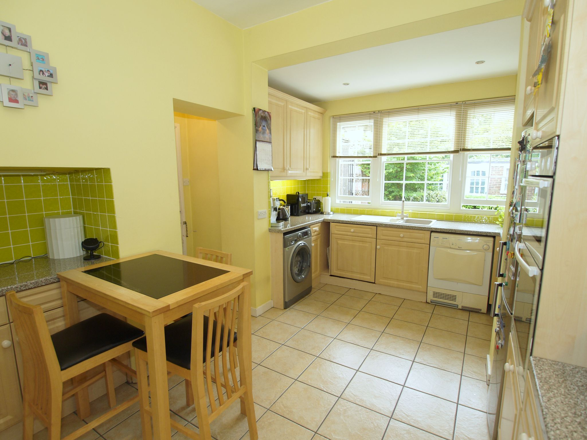 4 bedroom detached house For Sale in Sevenoaks - Photograph 15