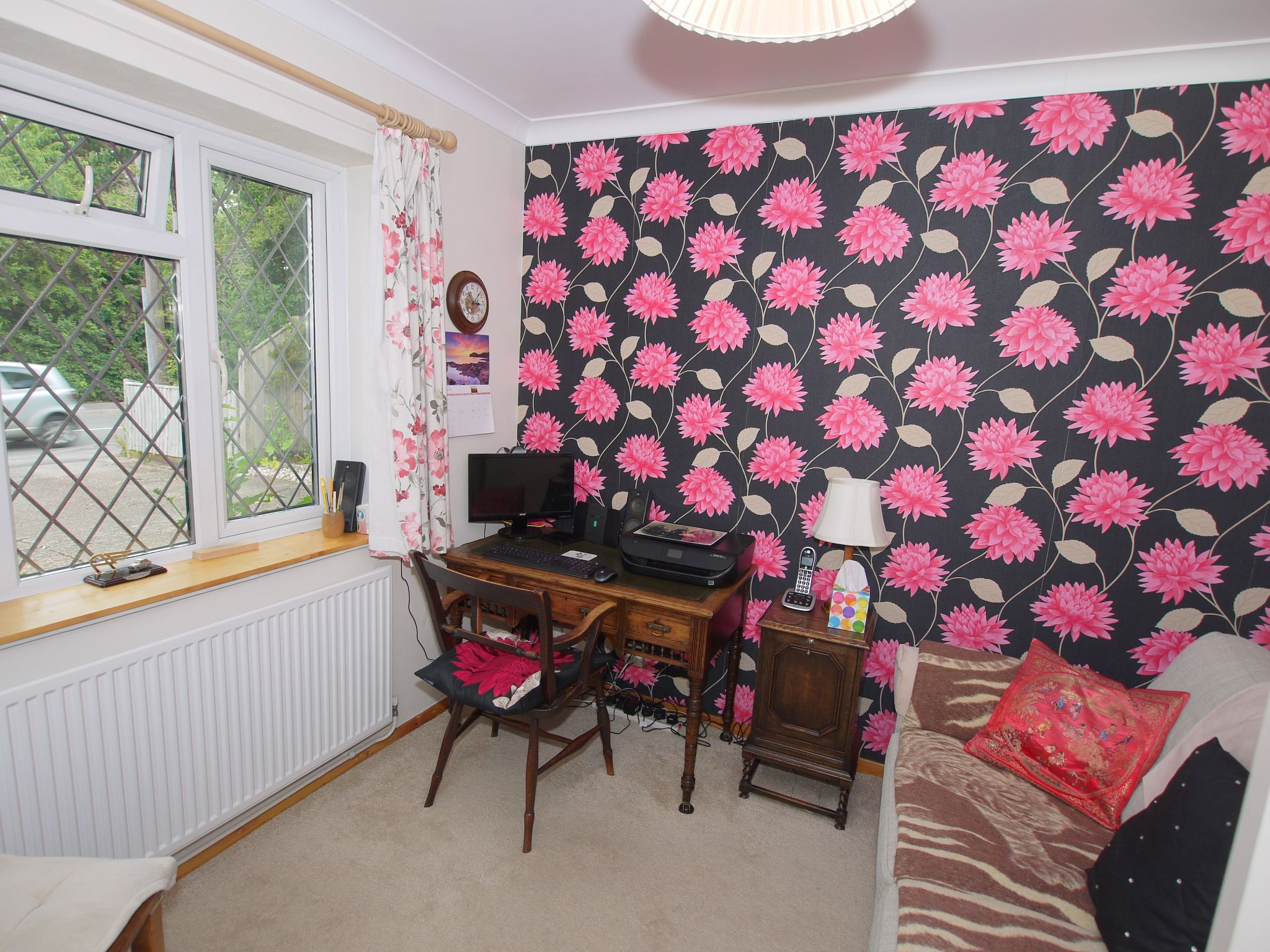 2 bedroom semi-detached bungalow Sale Agreed in Sevenoaks - Photograph 10