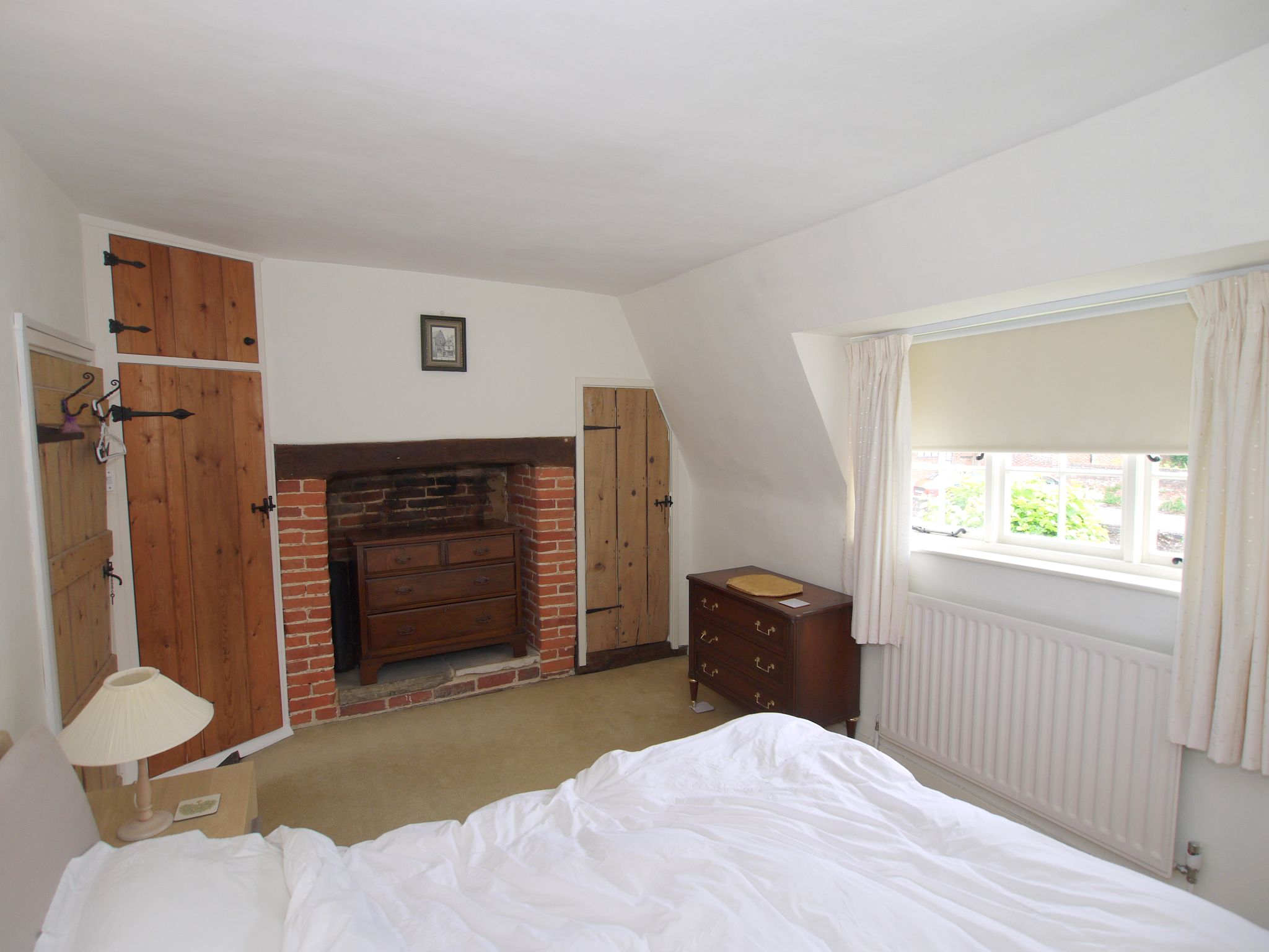 2 bedroom end terraced house For Sale in Sevenoaks - Photograph 9