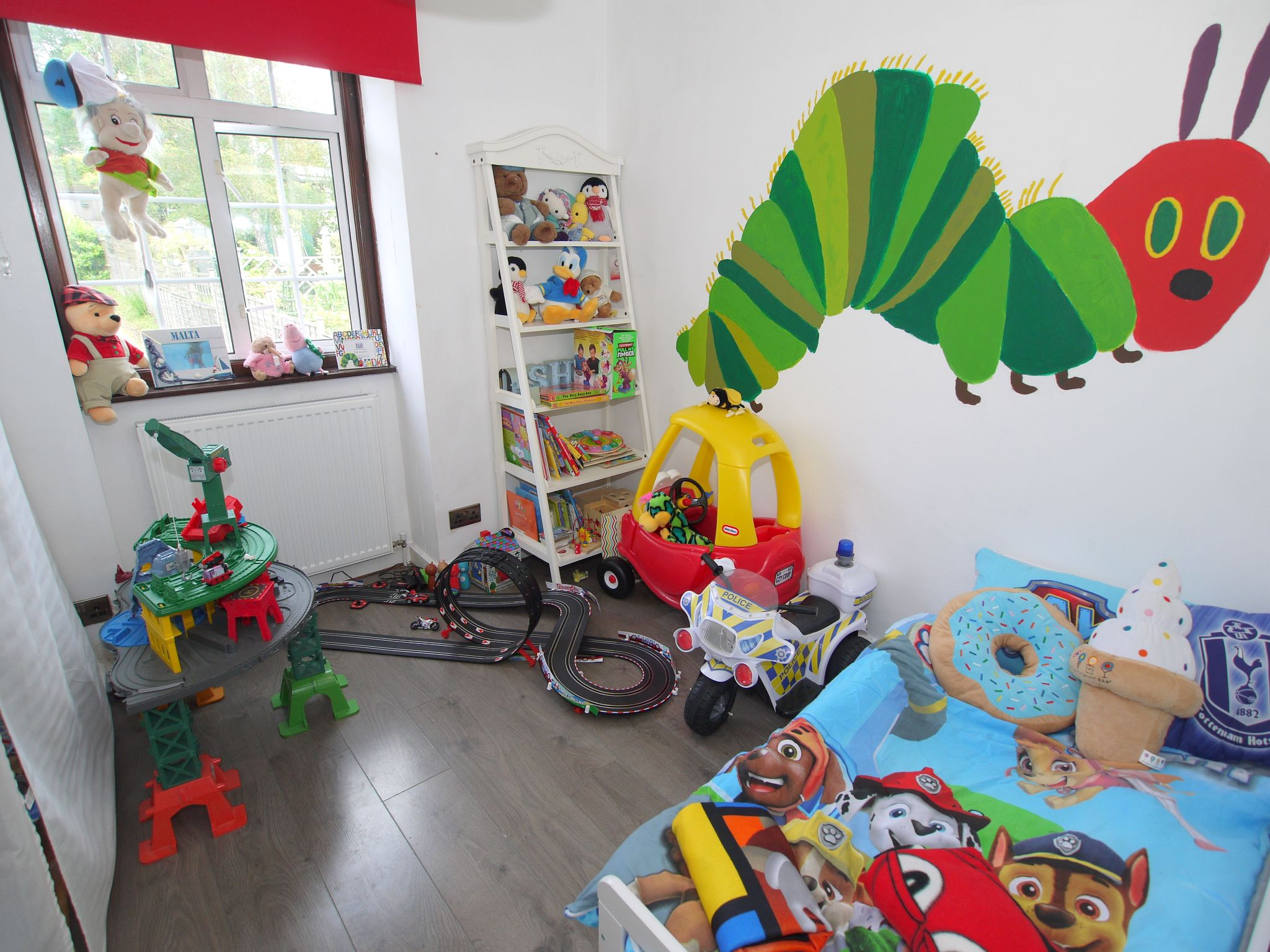 3 bedroom semi-detached house For Sale in Sevenoaks - Photograph 7