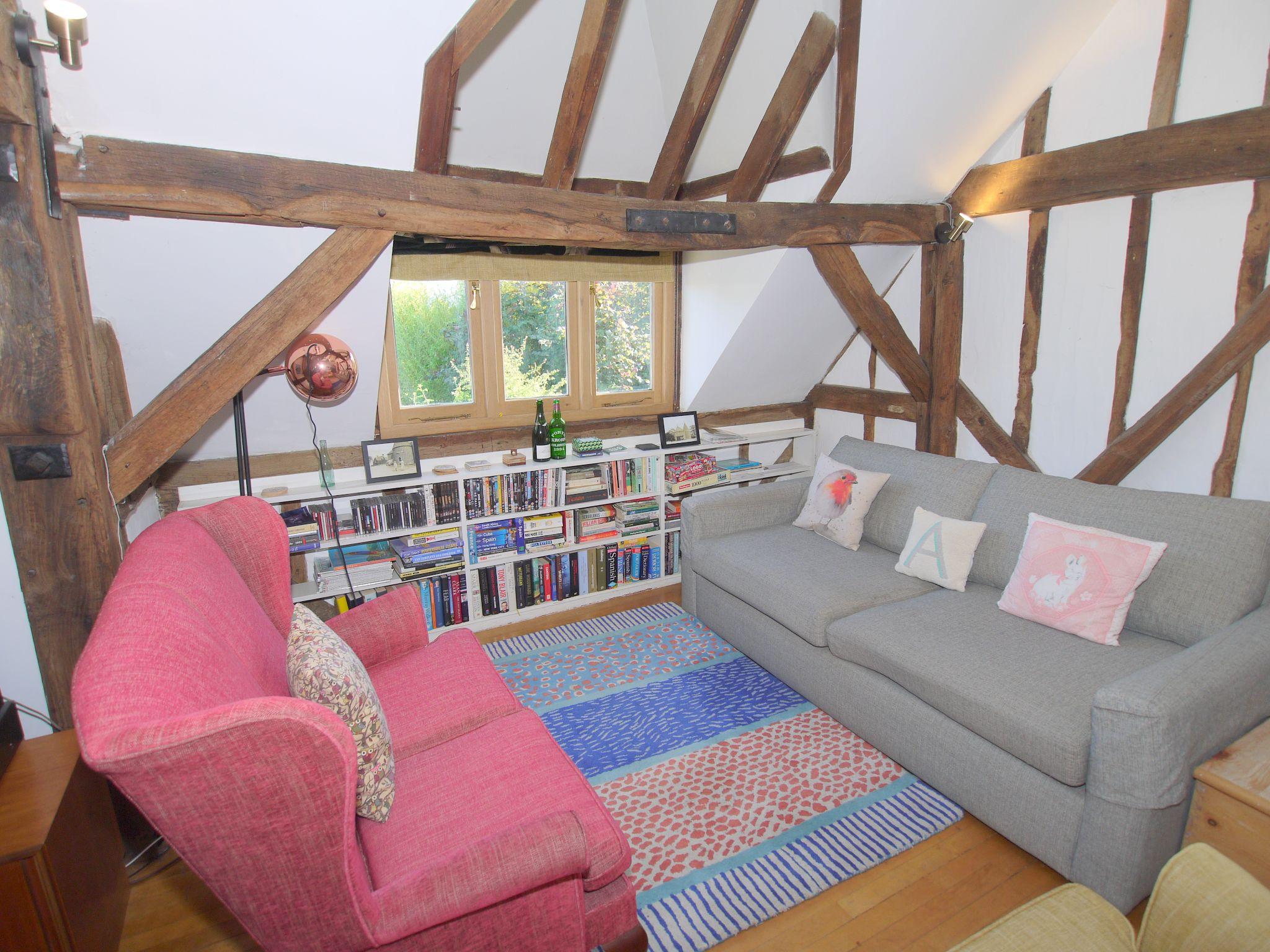 4 bedroom detached house Let Agreed in Edenbridge - Photograph 13
