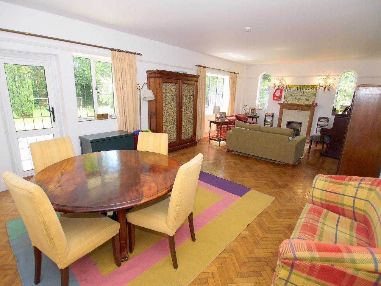 6 bedroom detached house Sold in Sevenoaks - Photograph 2