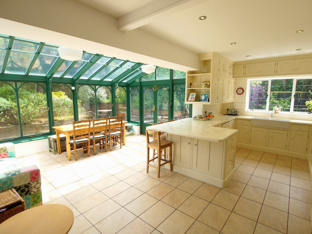 6 bedroom detached house Sold in Sevenoaks - Photograph 5