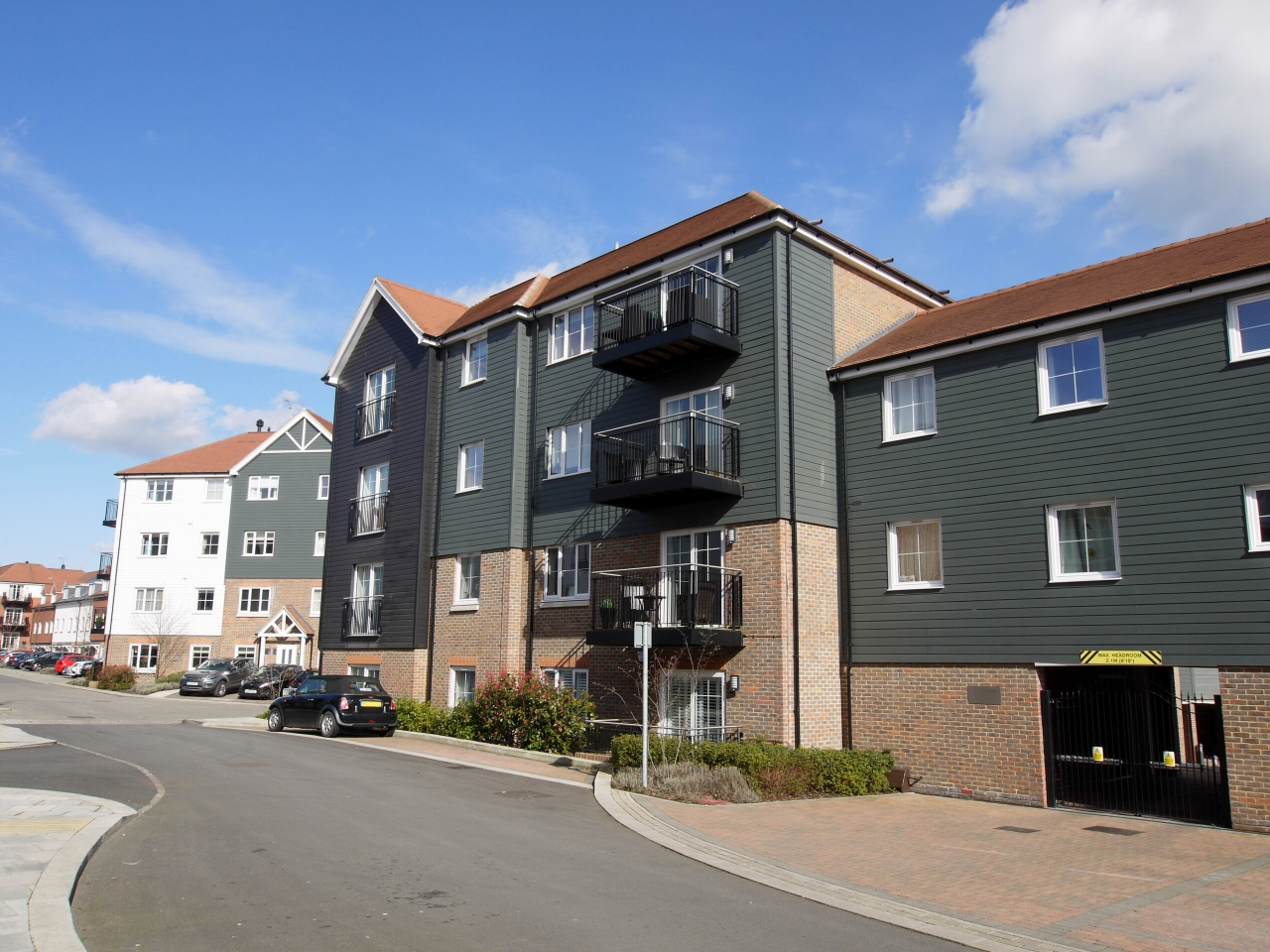 2 bedroom apartment flat/apartment Sold in Sevenoaks - Photograph 1