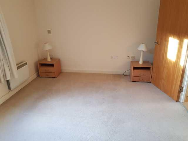 1 Bedroom Apartment Flat/apartment To Rent - Photograph 8