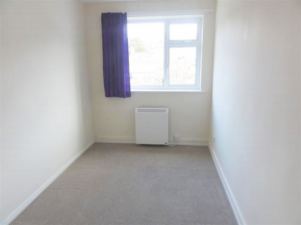 2 Bedroom Apartment Flat/apartment To Rent - Photograph 6