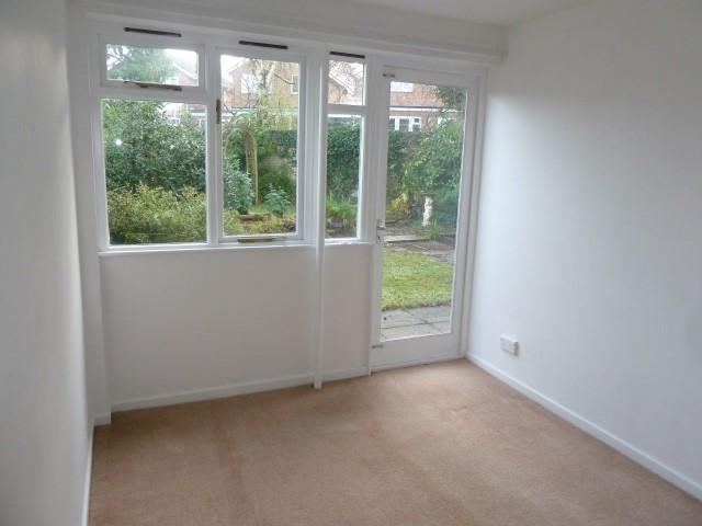 3 Bed Detached House To Rent - Rear Reception/Dining Room