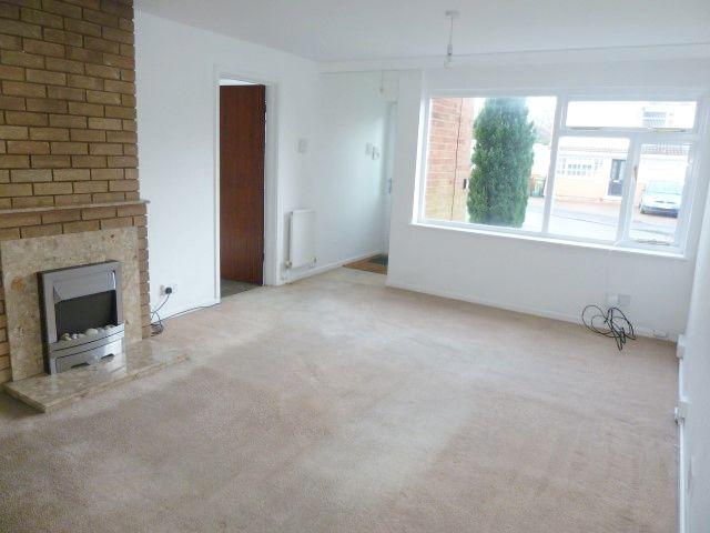 3 Bed Detached House To Rent - Front Reception/Lounge