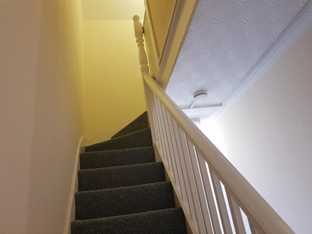 1 Bed Shared House To Rent - Photograph 2