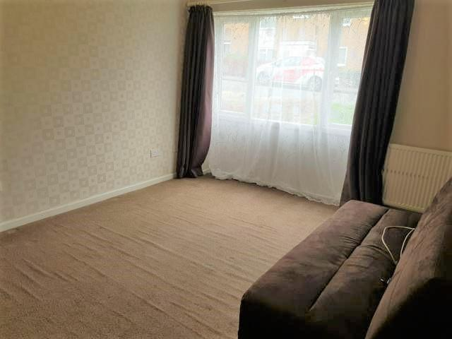 1 Bed Ground Floor Flat/apartment To Rent - Photograph 5