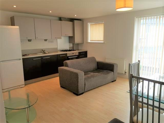 1 Bed Apartment Flat/apartment To Rent - Open Plan Kitchen Living Space
