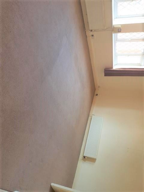 3 Bed Duplex Flat/apartment To Rent - Spacious Lounge