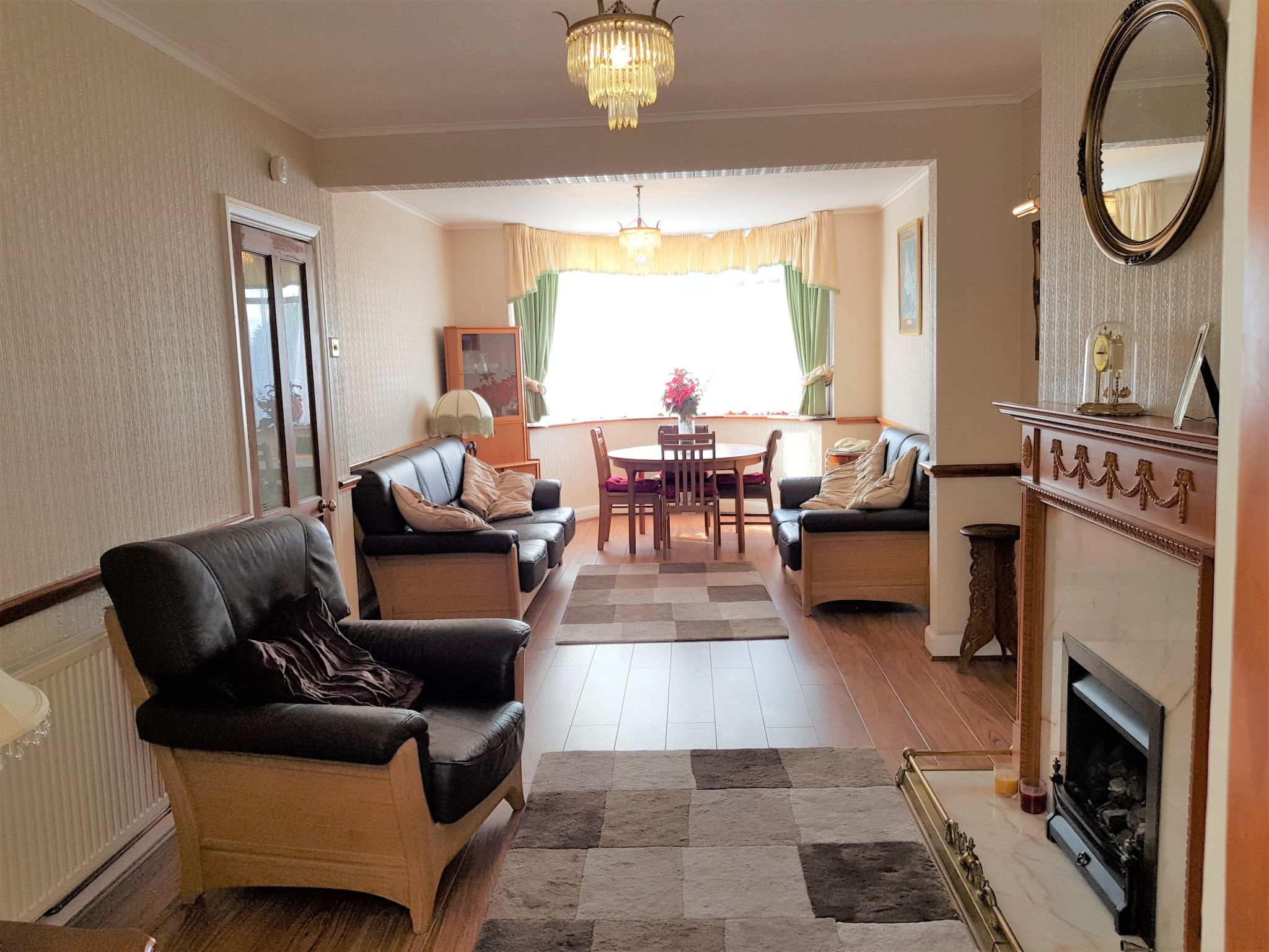 4 Bed Semi-detached House For Sale - THROUGH LOUNGE