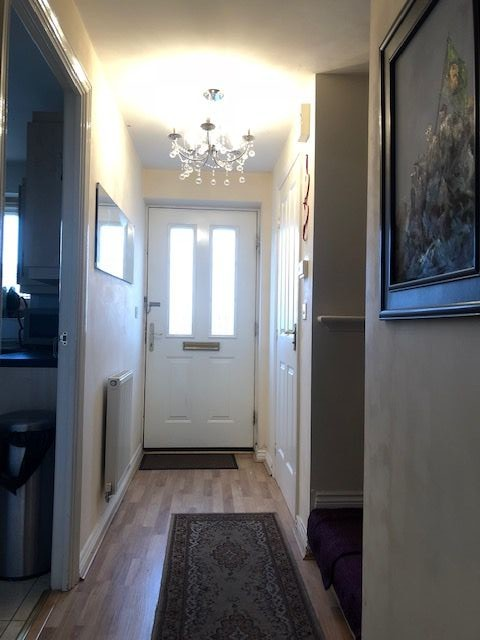4 Bedroom Mews House To Rent - Hallway