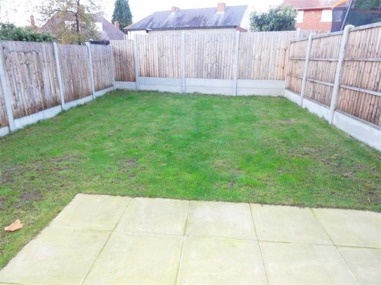 3 Bedroom Detached House To Rent - Photograph 12