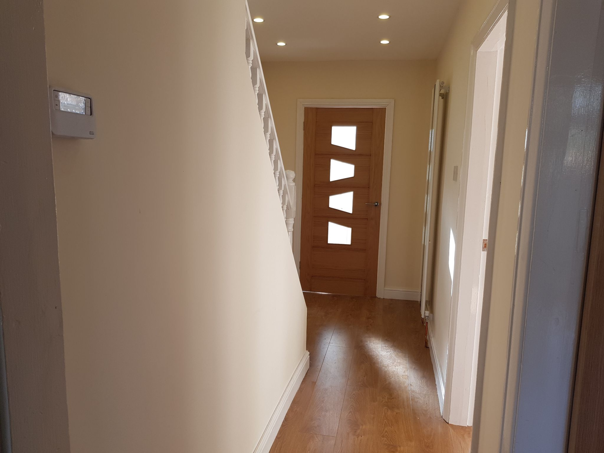 3 Bed Semi-detached House For Sale - Hallway