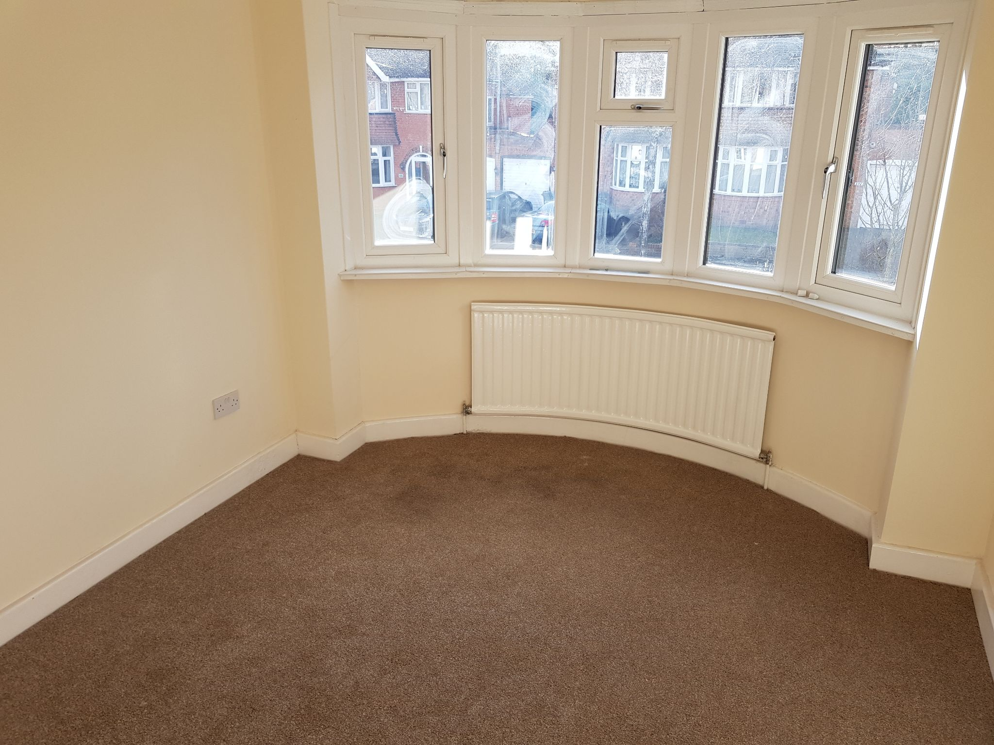 3 Bedroom Semi-detached House For Sale - Front Double Bedroom