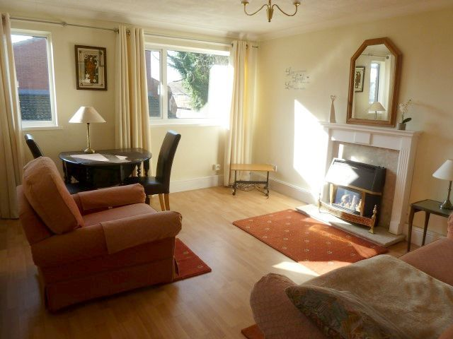 1 Bed Flat Flat/apartment To Rent - Lounge
