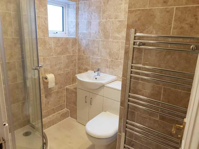 1 Bed Apartment Flat/apartment To Rent - Shower Room