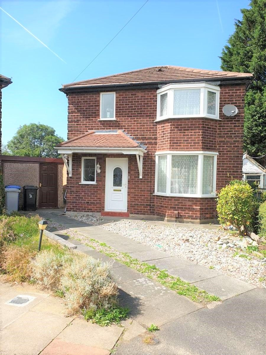 3 Bed Detached House To Rent - Front View
