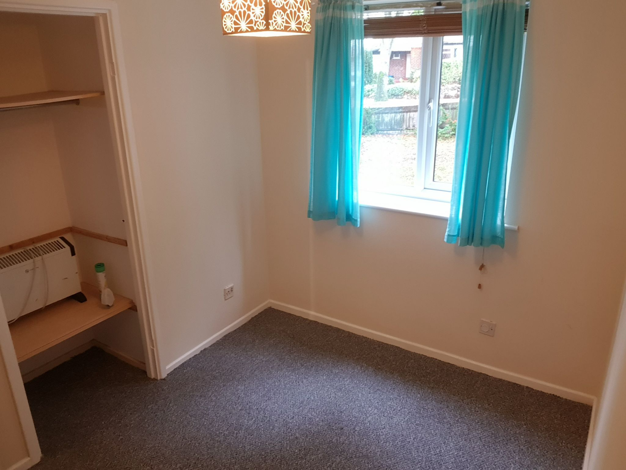 2 Bedroom Apartment Flat/apartment To Rent - Second Bedroom with Storage