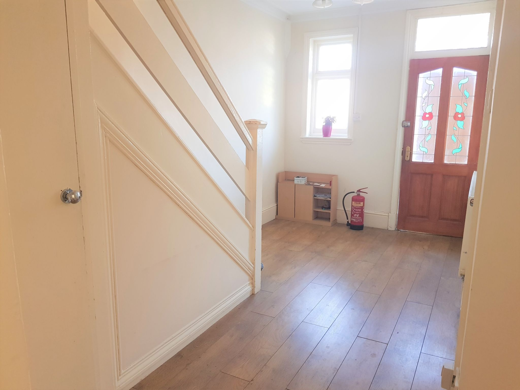 1 Bed Shared House To Rent - Ground floor entrance hall