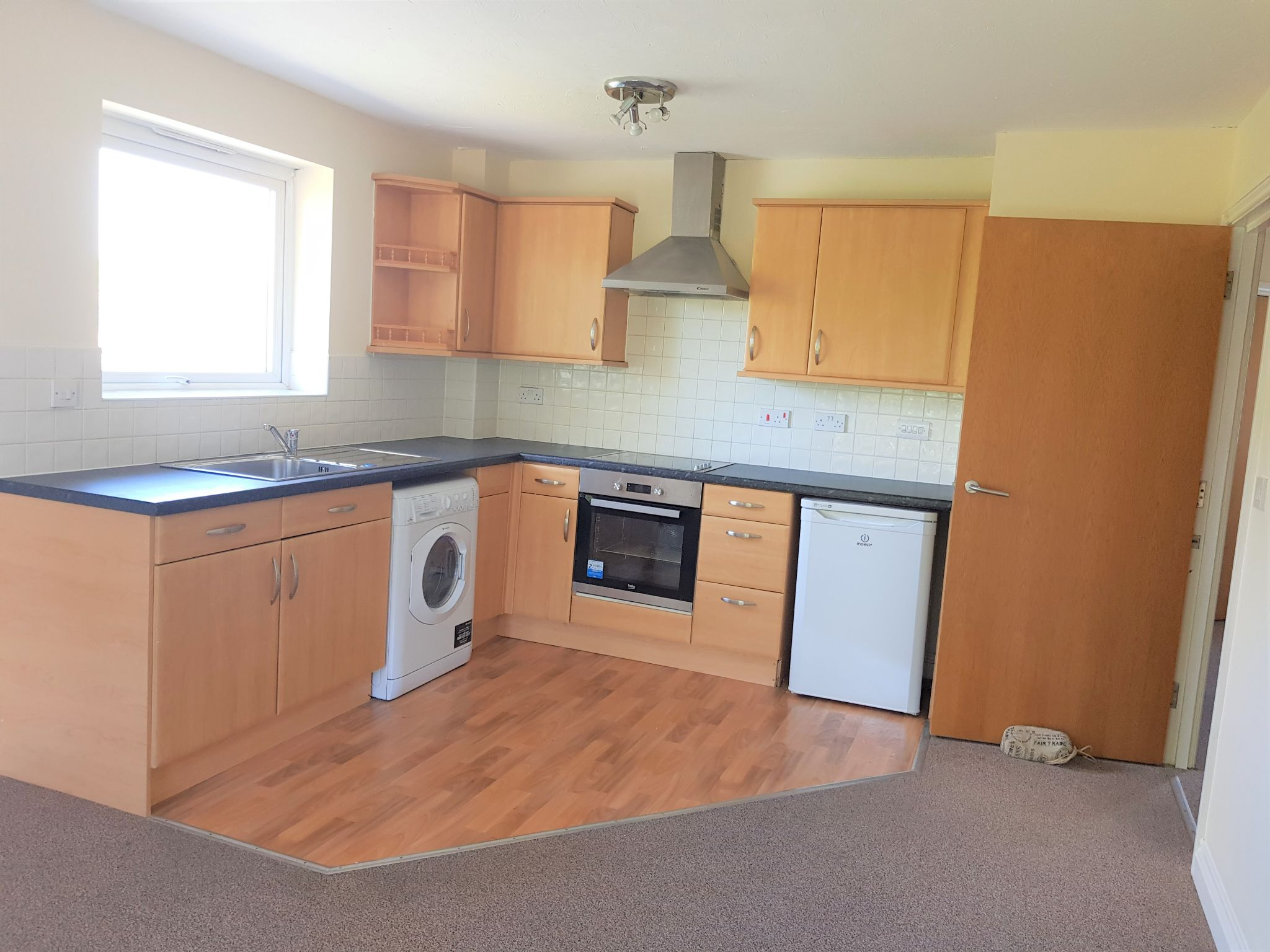 2 Bed Apartment Flat/apartment To Rent - Open Plan Kitchen