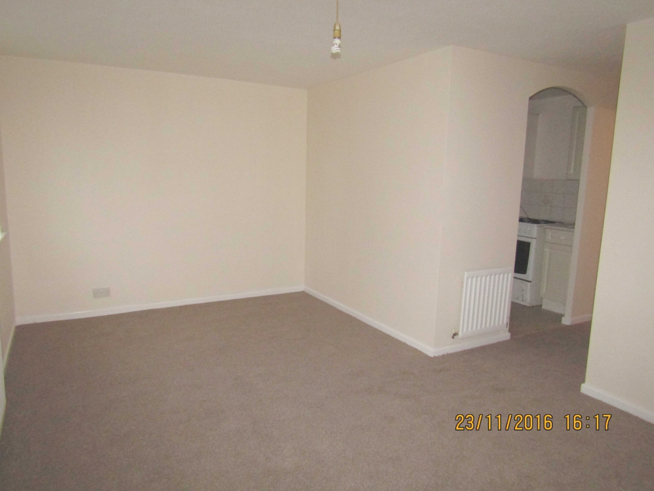 2 Bed Ground Floor Flat/apartment To Rent - Photograph 2