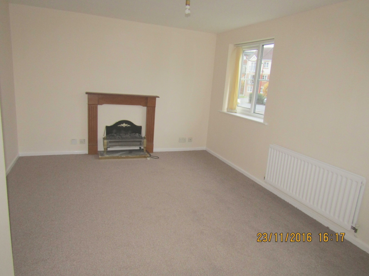 2 Bed Ground Floor Flat/apartment To Rent - Photograph 3