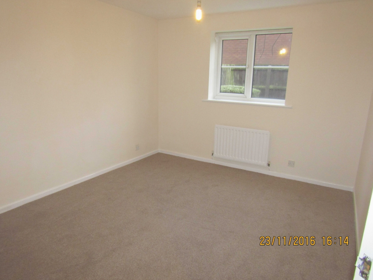 2 Bedroom Ground Floor Flat/apartment To Rent - Photograph 5