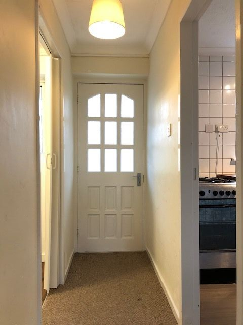 3 Bed End Terraced House For Sale - Hallway