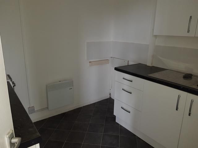 1 Bed Apartment Flat/apartment To Rent - Kitchen