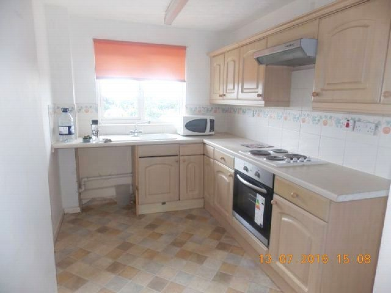 2 Bed Apartment Flat/apartment For Sale - Photograph 2