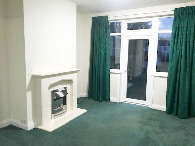 3 Bed Semi-detached House To Rent - Photograph 5