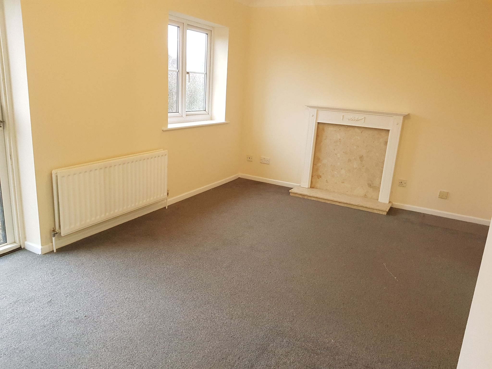 2 Bed Apartment Flat/apartment To Rent - Open Plan Lounge / Diner