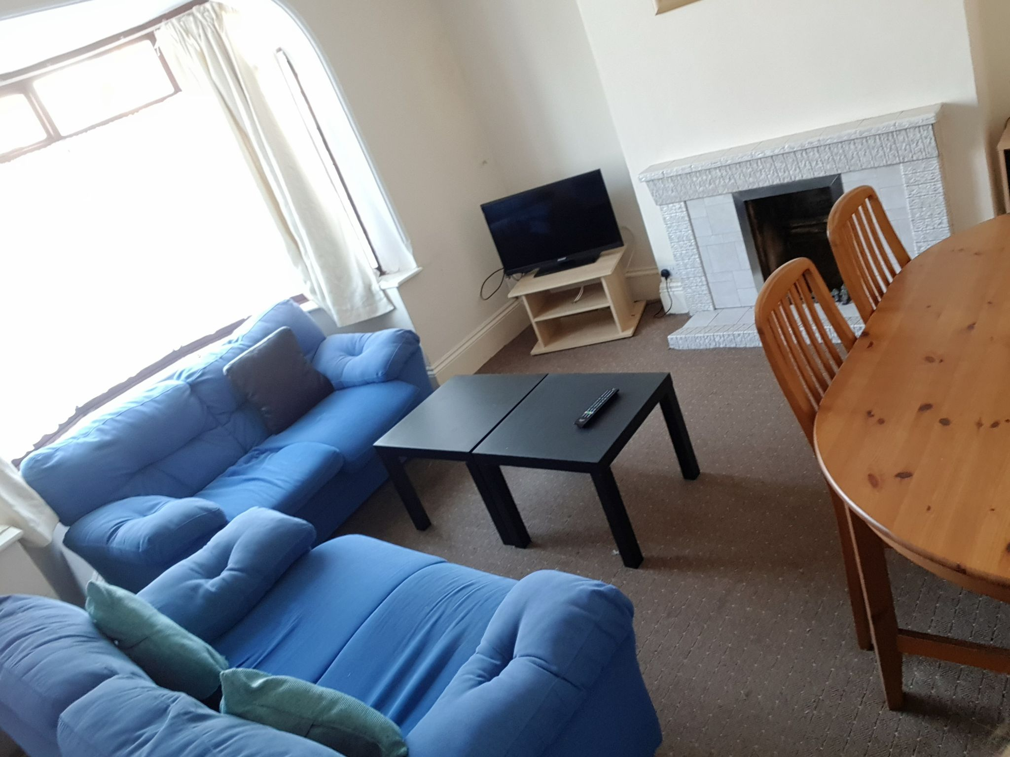 1 Bed Shared House To Rent - Communal Lounge