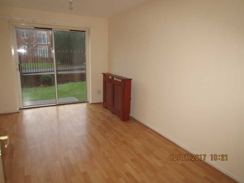 1 Bed Ground Floor Flat/apartment To Rent - Reception Room