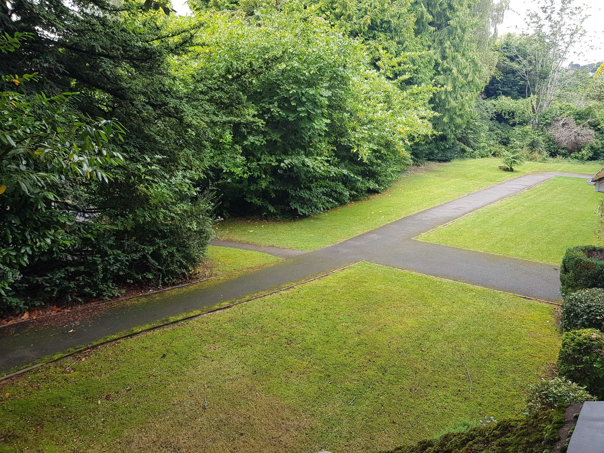 2 Bed Apartment Flat/apartment To Rent - Communal Grounds
