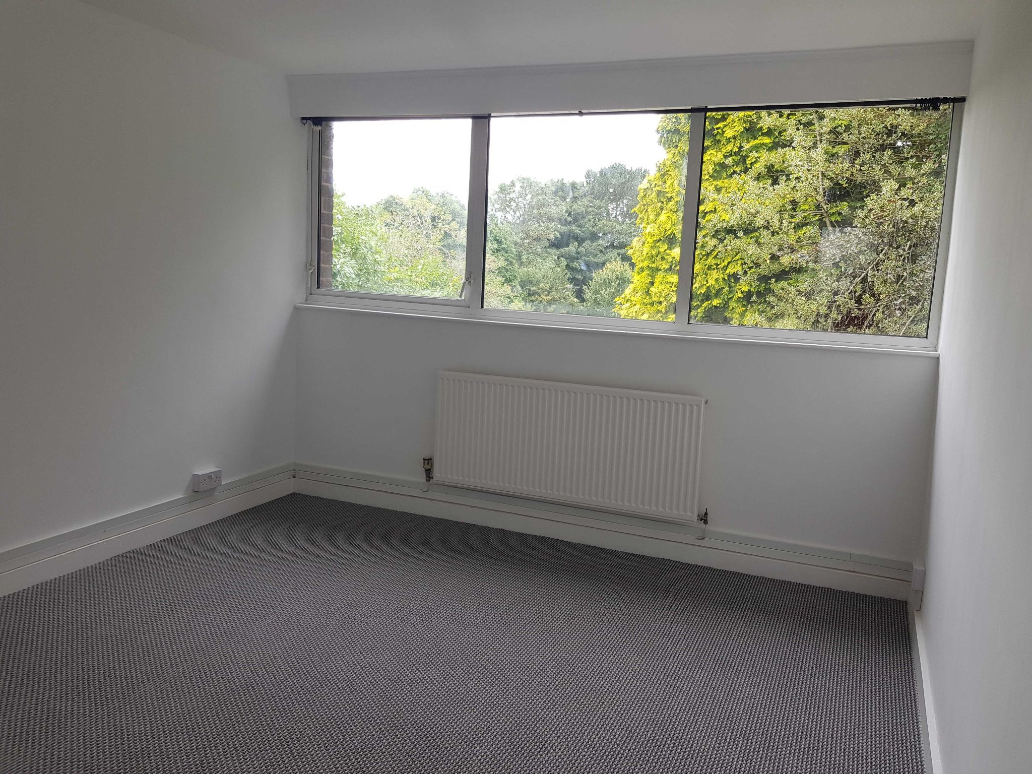 2 Bedroom Apartment Flat/apartment To Rent - Master Bedroom with Built in Wardrobes