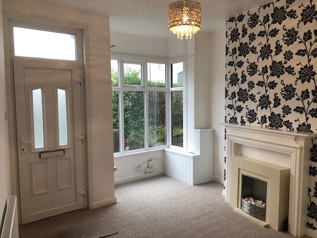 2 Bed End Terraced House To Rent - Photograph 11
