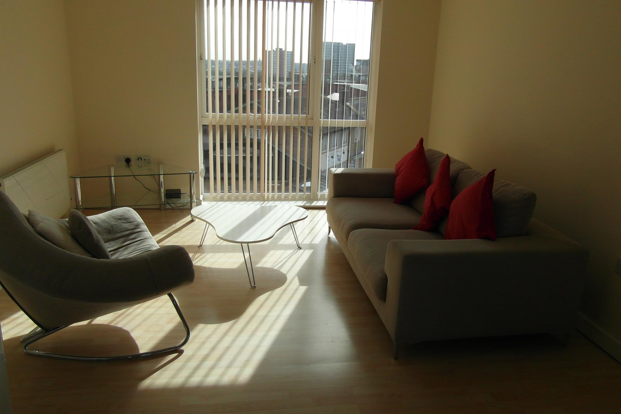1 Bed Apartment Flat/apartment To Rent - Open Plan Reception Room