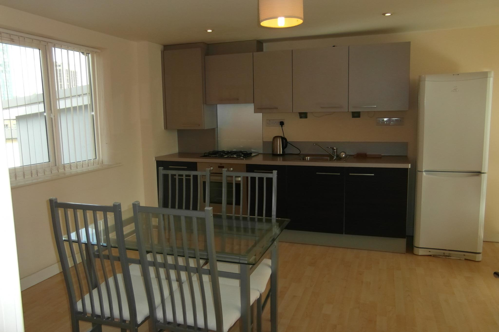1 Bed Apartment Flat/apartment To Rent - Open Plan Kitchen / Diner