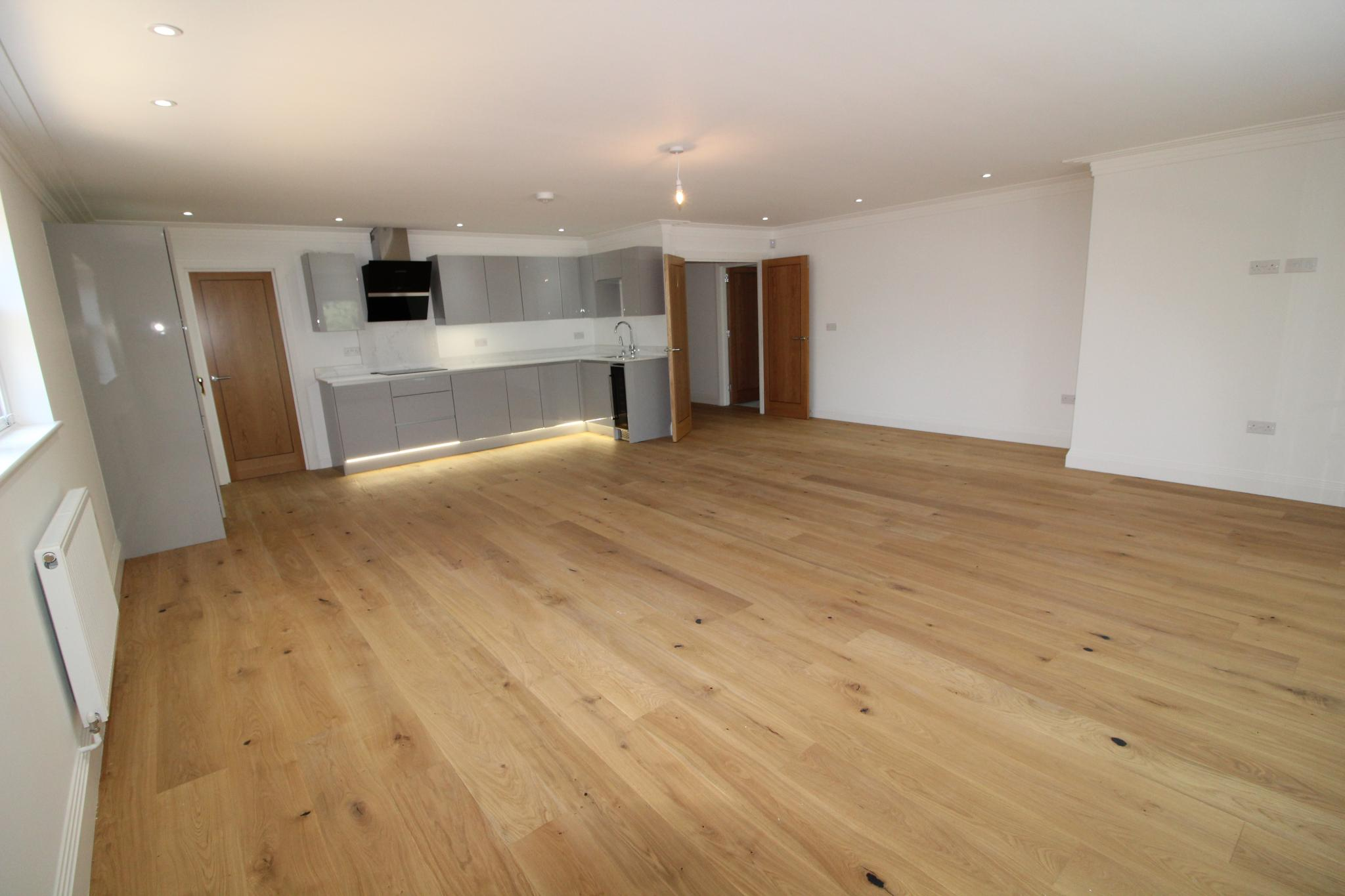 2 bedroom apartment flat/apartment For Sale in Hatfield - Photograph 11