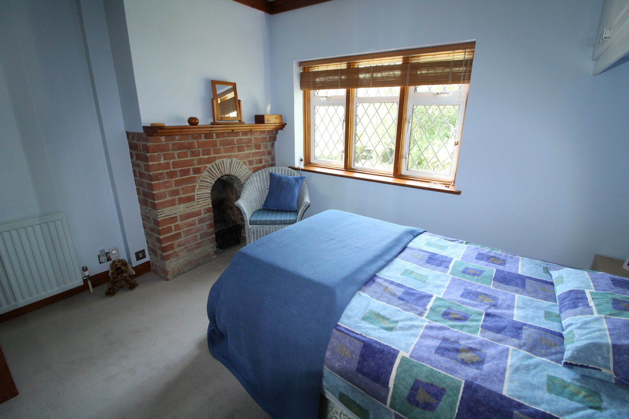4 bedroom detached house For Sale in Potters Bar - Photograph 26