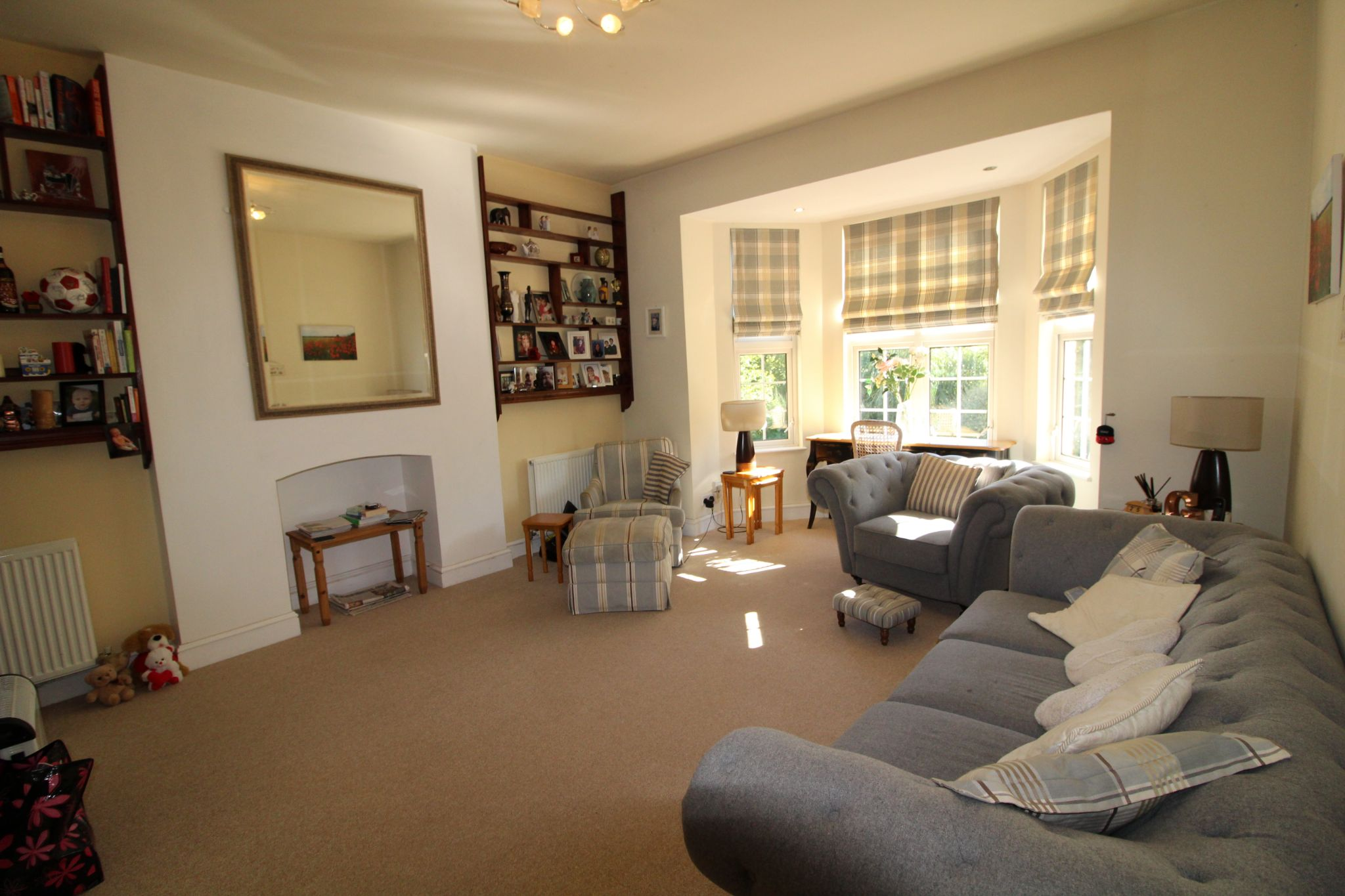 3 bedroom apartment flat/apartment Sale Agreed in Potters Bar - Property photograph