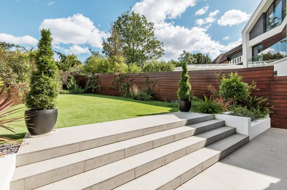 5 bedroom detached house For Sale in Mill Hill - Photograph 22