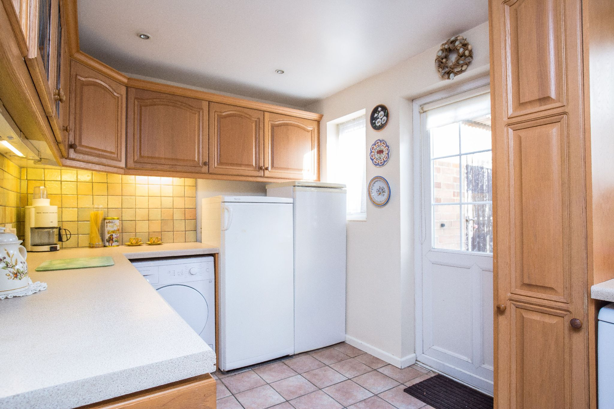 3 bedroom mid terraced house SSTC in Welham Green - Photograph 6